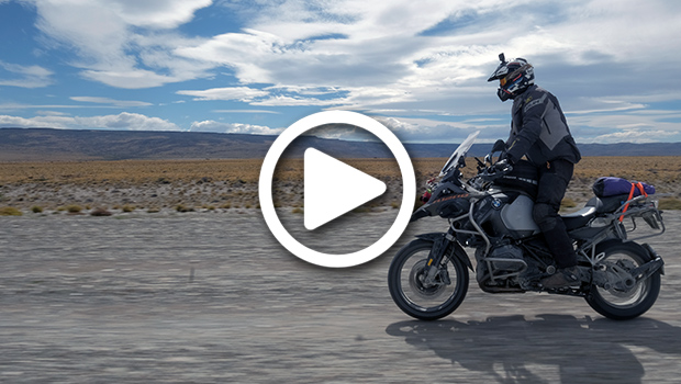 exmo-exclusive-motorcycle-tours-patagonia-tierra-del-fuego-nye-capodanno-chile-argentina-cile-bmw-r1200gs-africa-twin-rodney-v2